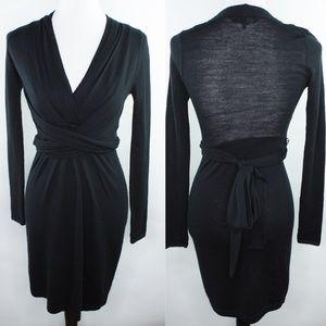 BCBGMaxazria Black Tie Waist 100% Wool XS V neck